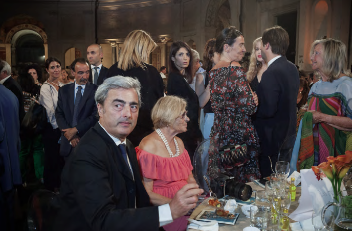 http://www.laviniaparlamenti.com/files/gimgs/33_schermata-2017-08-03-alle-034116.png